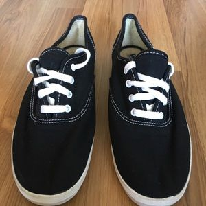 3 for $20 💖 Keds